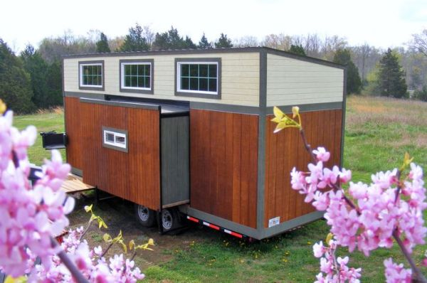 A Tiny House on Wheels with Slide Outs for Baby Boomers! 001