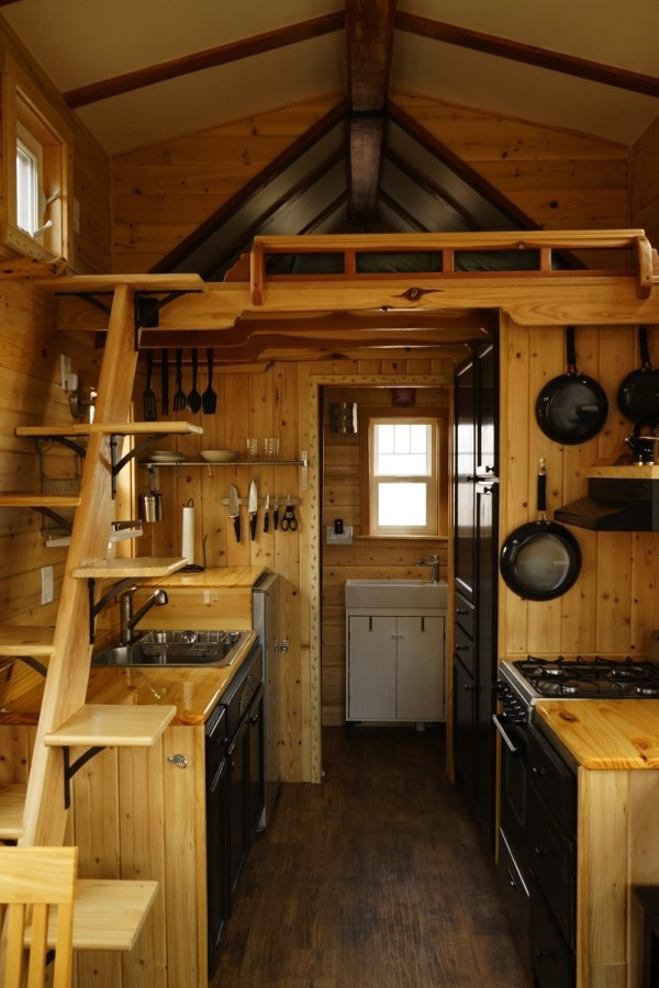 Man Builds Craftsmanstyle Tiny House