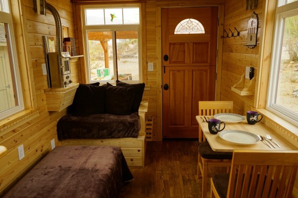 Aarons Craftsman Tiny Home on Wheels using Modified Dan Louche Plans 002