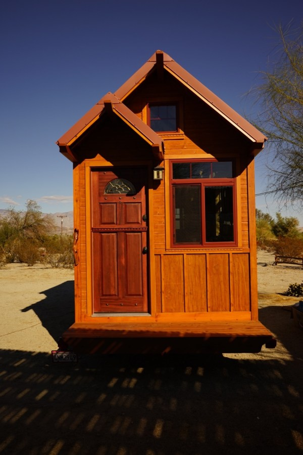 Aarons Tiny House 000