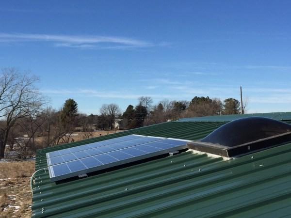 bachelors-off-grid-tiny-house-in-nebraska-for-sale-007