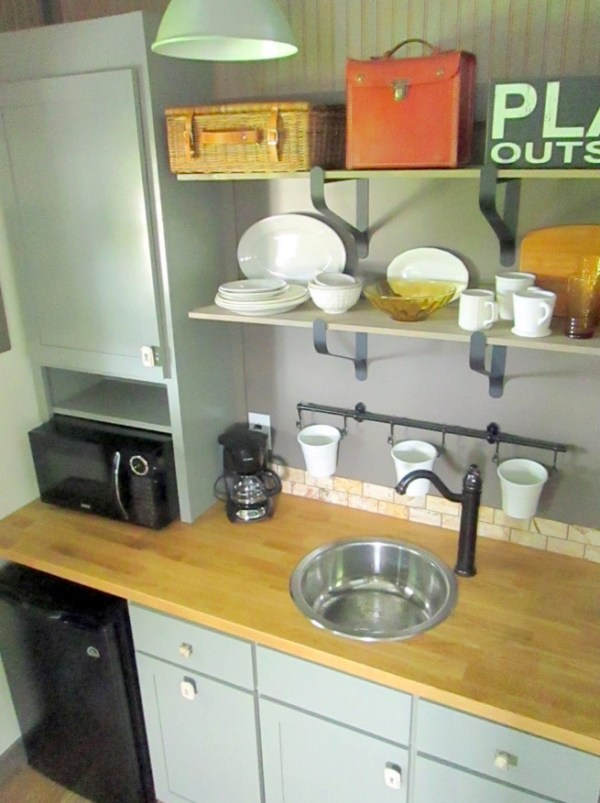 Backyard Bunkie's Kitchenette