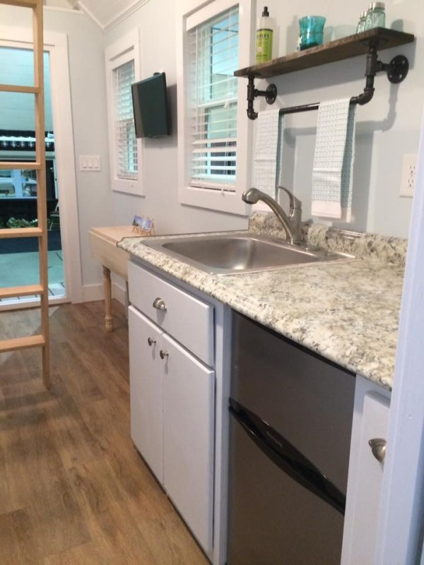 beach-cottage-tiny-house-for-sale-jacksonville-florida-8