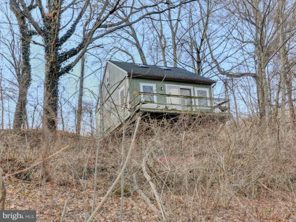 Beautiful 520 Sq Ft Tiny Cabin in Marysville PA 0017