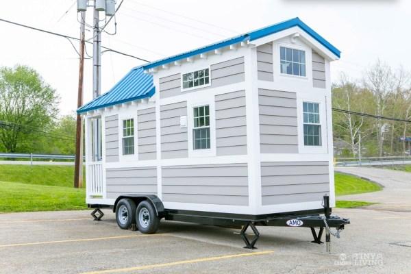 Blue Shonsie Tiny House 0015