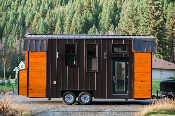 Borealis Tiny Homes 24ft Aspen Tiny House 001