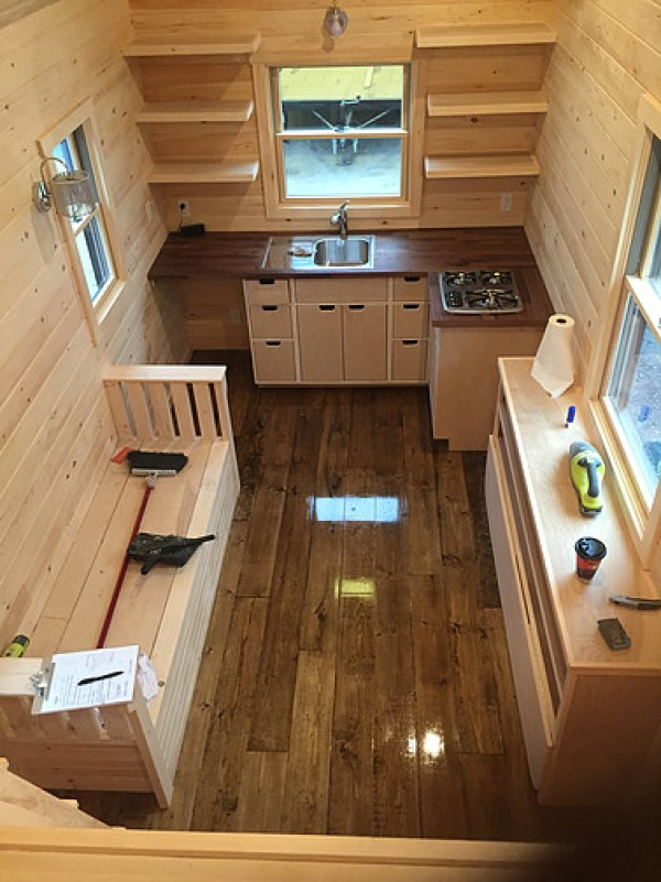 brownie-tiny-house-by-liberation-tiny-homes-003