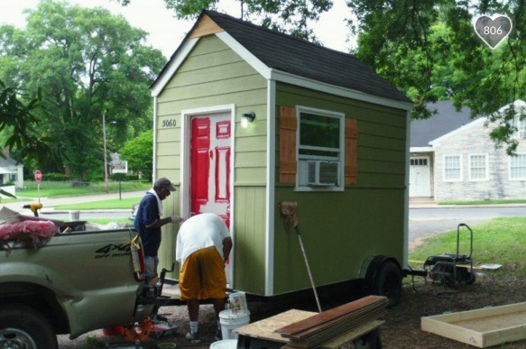Building Tiny Houses for Homeless 1