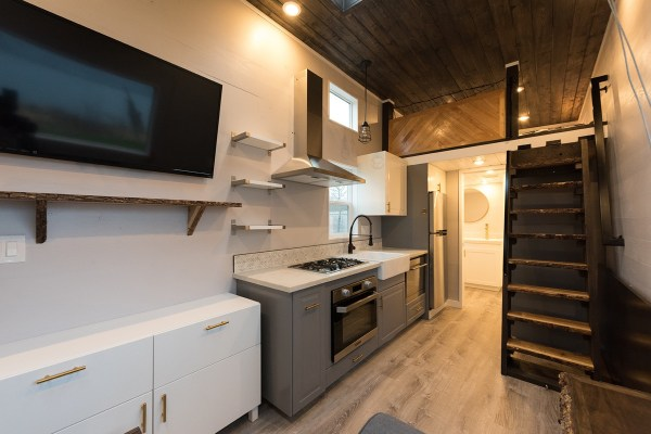Cayman Tiny House by Tiny Innovations 003