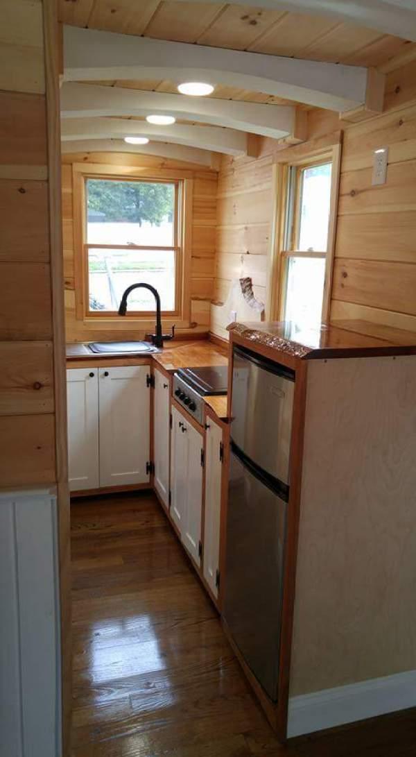 cedar-shake-tiny-house-connecticut-003