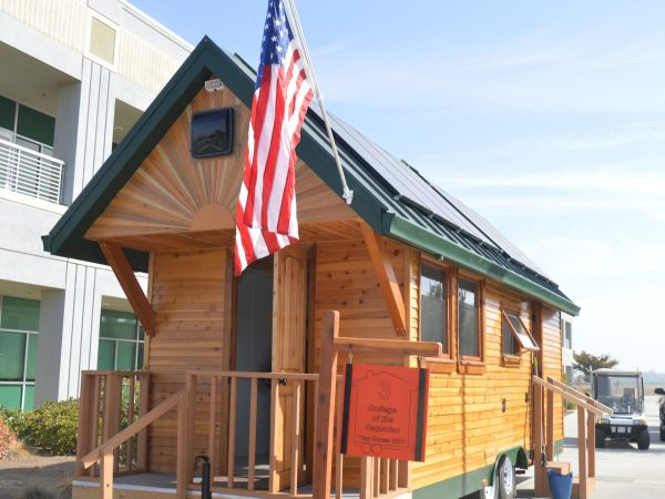 college-of-the-sequoias-construction-technology-students-win-awards-for-tiny-home-3