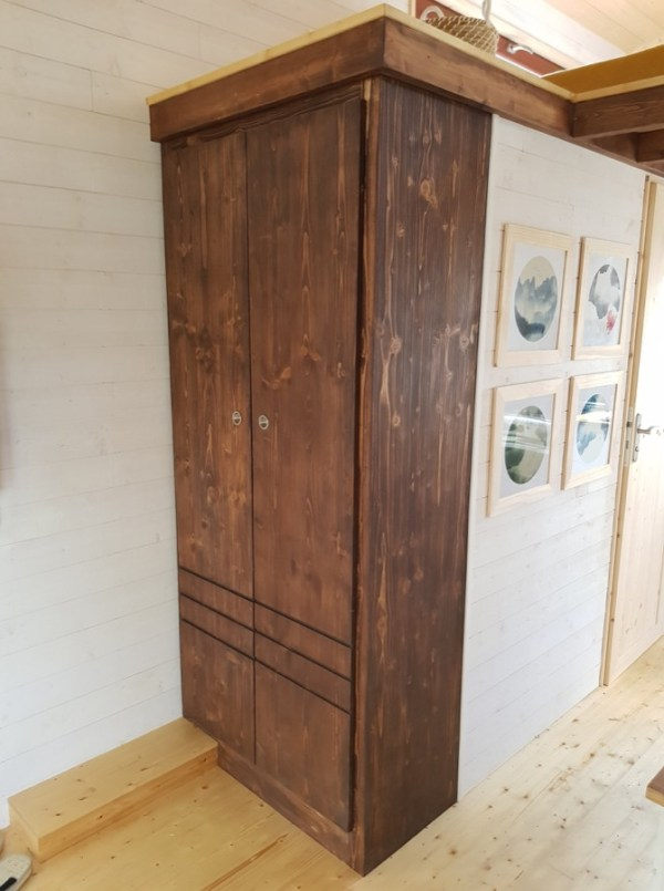 Completed Baluchon Tiny House 003
