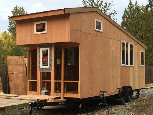 construction-of-the-daniel-miller-tiny-house-005