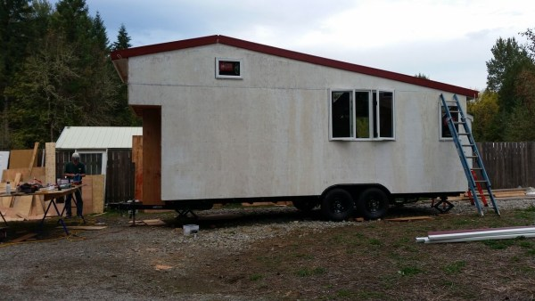construction-of-the-daniel-miller-tiny-house-008