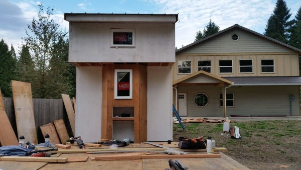construction-of-the-daniel-miller-tiny-house-010