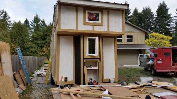 construction-of-the-daniel-miller-tiny-house-011