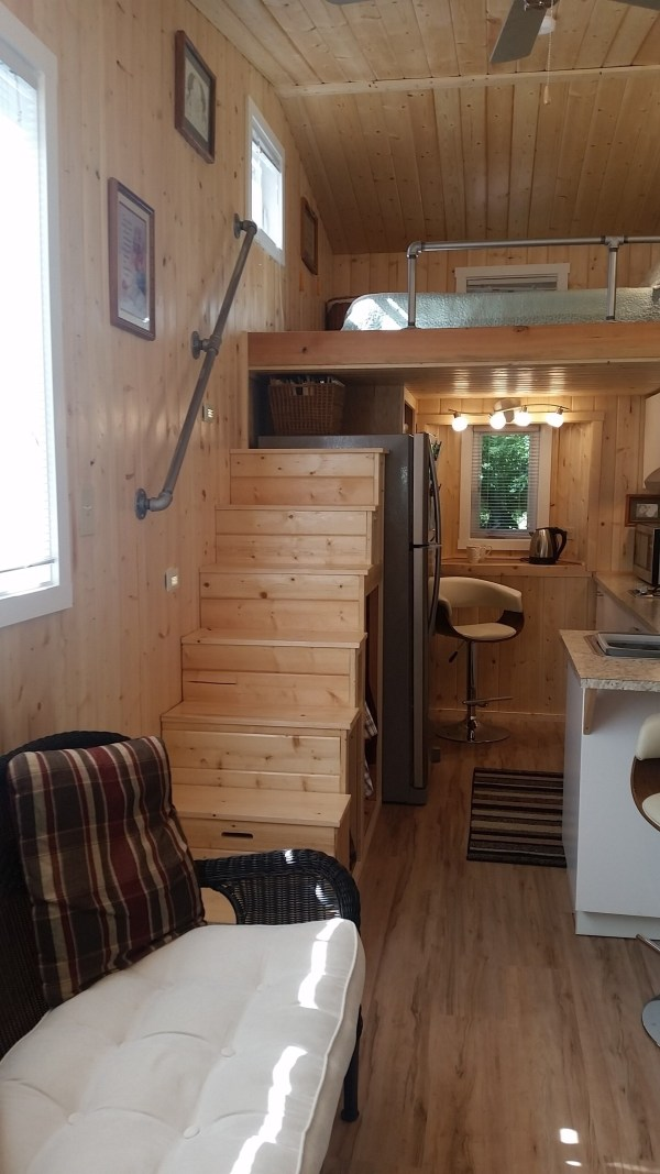 construction-of-the-daniel-miller-tiny-house-025