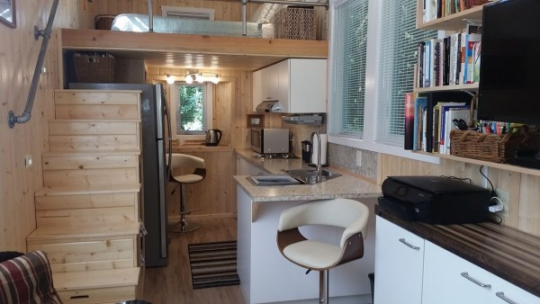 construction-of-the-daniel-miller-tiny-house-027