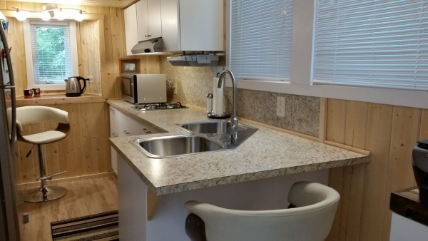 construction-of-the-daniel-miller-tiny-house-029