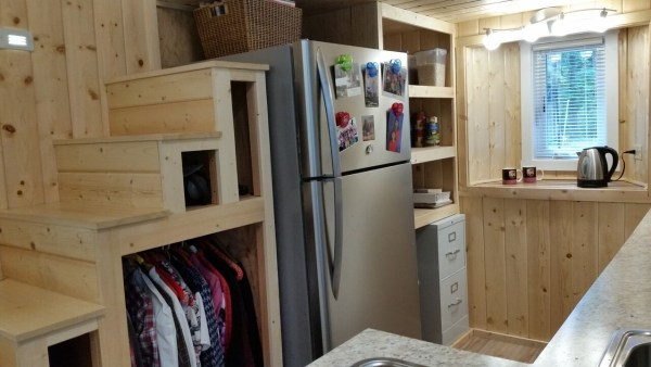 construction-of-the-daniel-miller-tiny-house-030