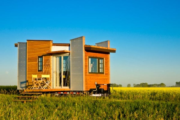 Contemporary Dragonfly Tiny House For Sale 001