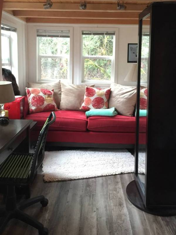 335 Sq. Ft. Tiny House on Wheels in Seattle, WA