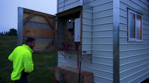Cori and Patricks DIY Tiny House on Wheels Built with Mostly Recycled Materials in New Zealand 009