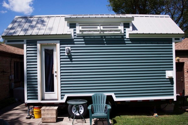 Couple's Life in Their 118 Sq. Ft. Tiny Home on Wheels