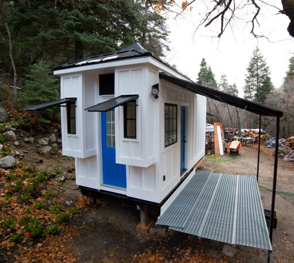 Couple's 192 Sq. Ft. Tiny House on Wheels in Sandy, Utah 001