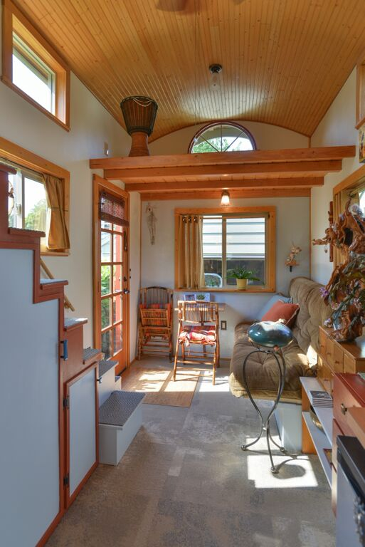 Couple S 25k Diy Quot Smouse Quot Tiny House On Wheels