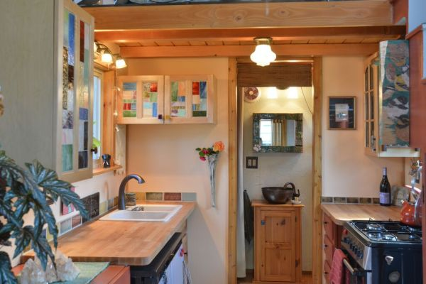 Couple's $25k DIY Smouse Tiny House on Wheels 002