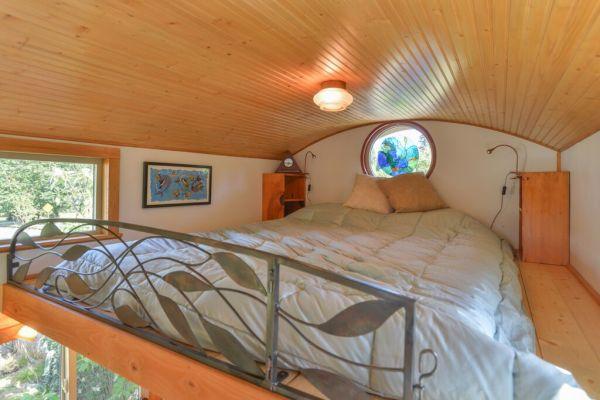 Couple's $25k DIY Smouse Tiny House on Wheels 009