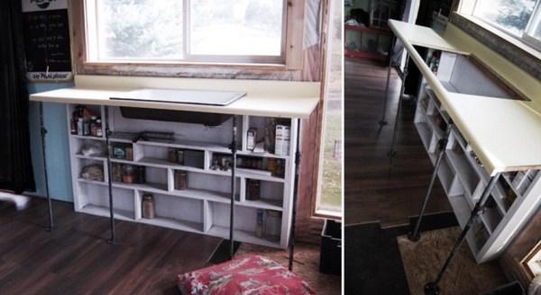 Couples Tiny Cabin 004