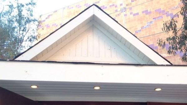 D_exterior_roof_above_front_door
