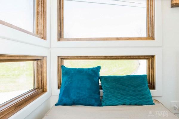 Degsy Tiny House by 84 Lumber Tiny Living 0011