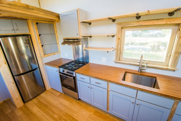 Dennis 24 MitchCraft Tiny House 0020