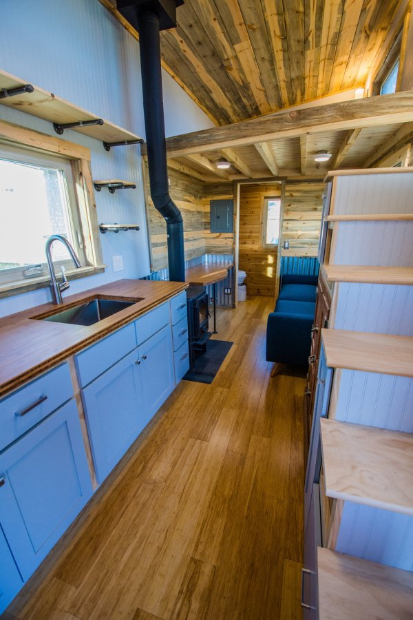 Dennis 24 MitchCraft Tiny House 0023