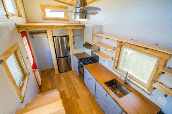 Dennis 24 MitchCraft Tiny House 009