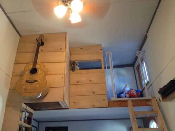 Familys DIY 8k Tiny House on Wheels 0010