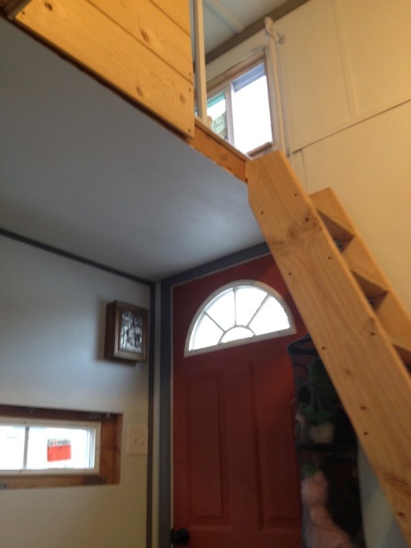Familys DIY 8k Tiny House on Wheels 004