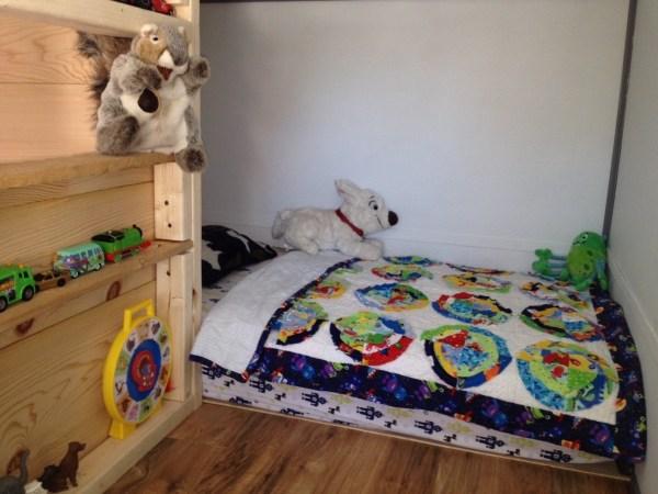 Familys DIY 8k Tiny House on Wheels 007