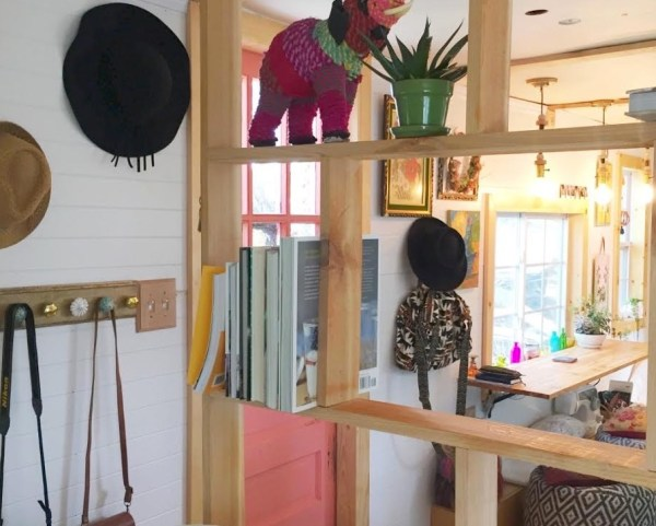 Familys Travel Trailer Tiny House 002