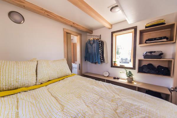 Farallon 20 Alta Tiny House 007