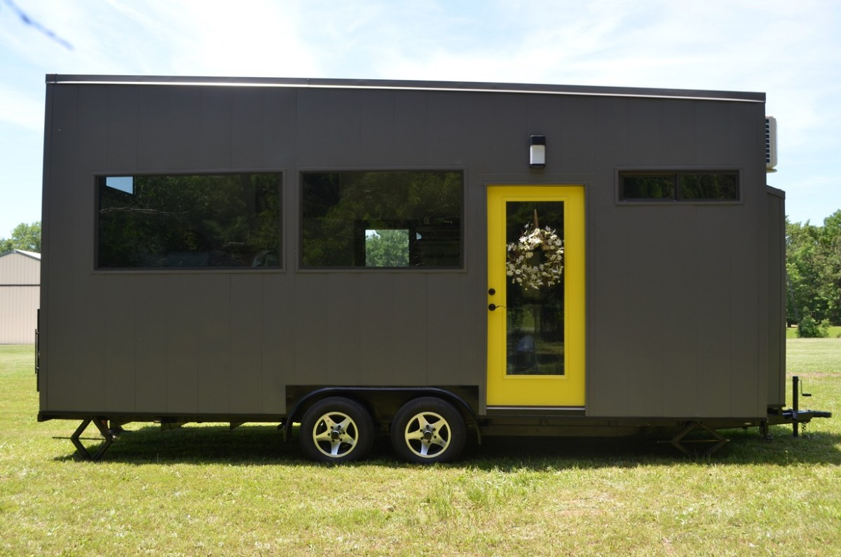Father And Son In Law 39 S 22 Ft Tiny House On Wheels For Sale
