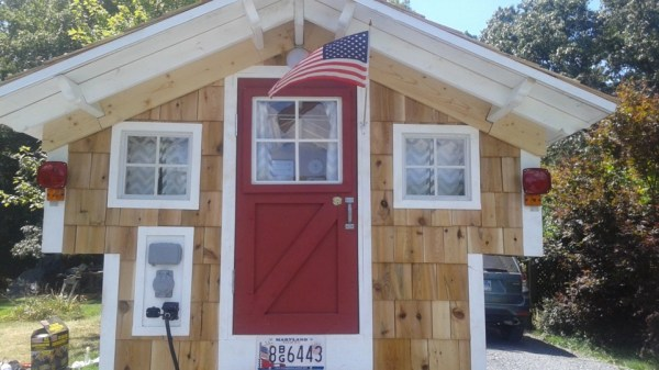 Ford Flophouse Tiny House on a Truck 003