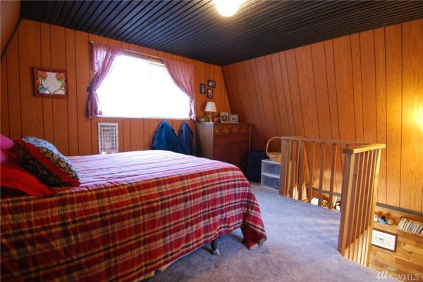 Grapeview Cabin 005