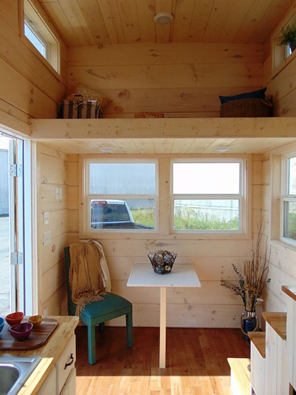 green-living-incredible-tiny-house-009