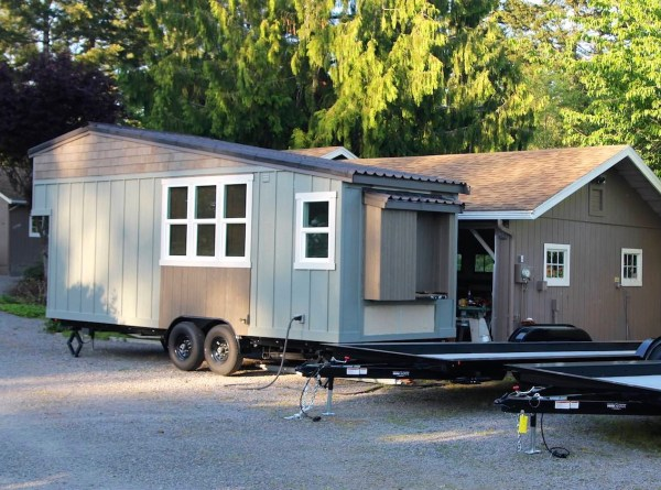 Handcrafted Movement Tiny House 0023