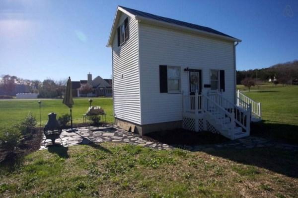 Harrisonburg's Tiny House 0012