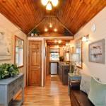 harry-connick-jr-stays-in-the-pioneer-tiny-house-5